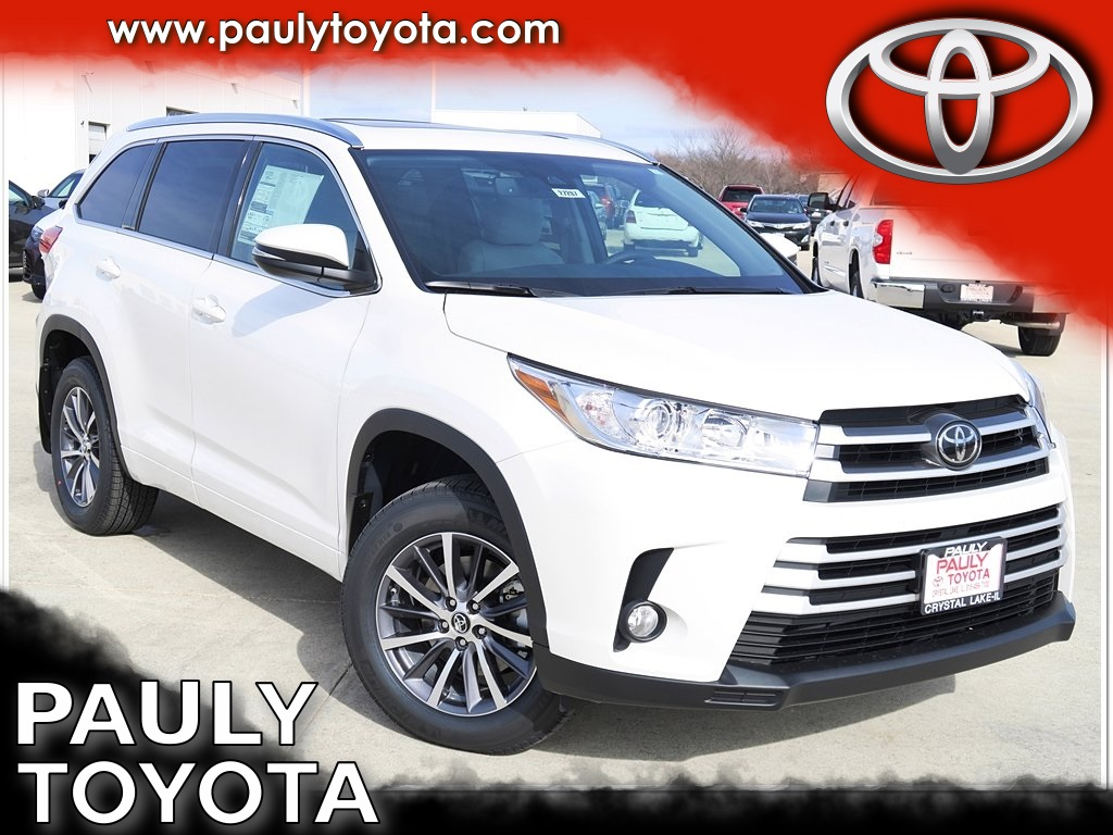 new 2017 toyota highlander xle 4d sport utility in crystal lake h27297 pauly toyota. Black Bedroom Furniture Sets. Home Design Ideas