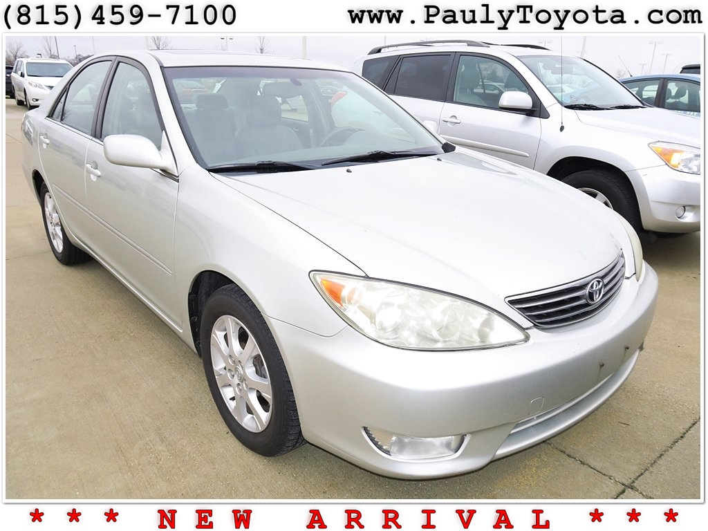 pre owned 2006 toyota camry xle 4d sedan in crystal lake 26585a pauly toyota. Black Bedroom Furniture Sets. Home Design Ideas